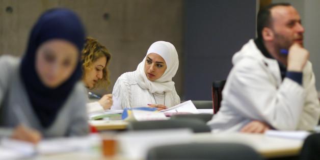 Problem Integration: Zuwanderer sind häufiger arbeitslos und weniger gebildet