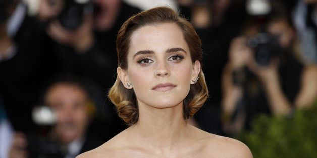 """Actress Emma Watson arrives at the Metropolitan Museum of Art Costume Institute Gala (Met Gala) to celebrate the opening of """"Manus x Machina: Fashion in an Age of Technology"""" in the Manhattan borough of New York, May 2, 2016. REUTERS/Eduardo Munoz"""