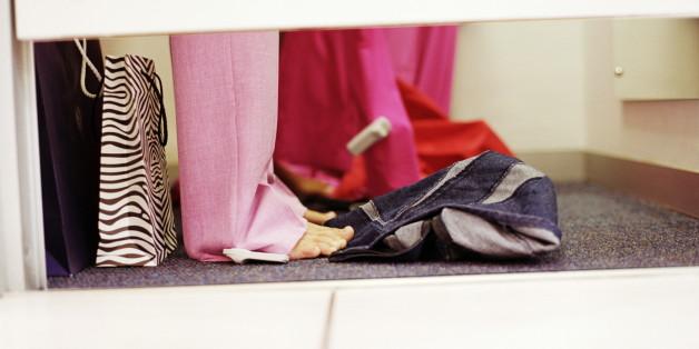 Pöbeln, benutzte Tampons: So führen sich Kunden in Modegeschäften auf