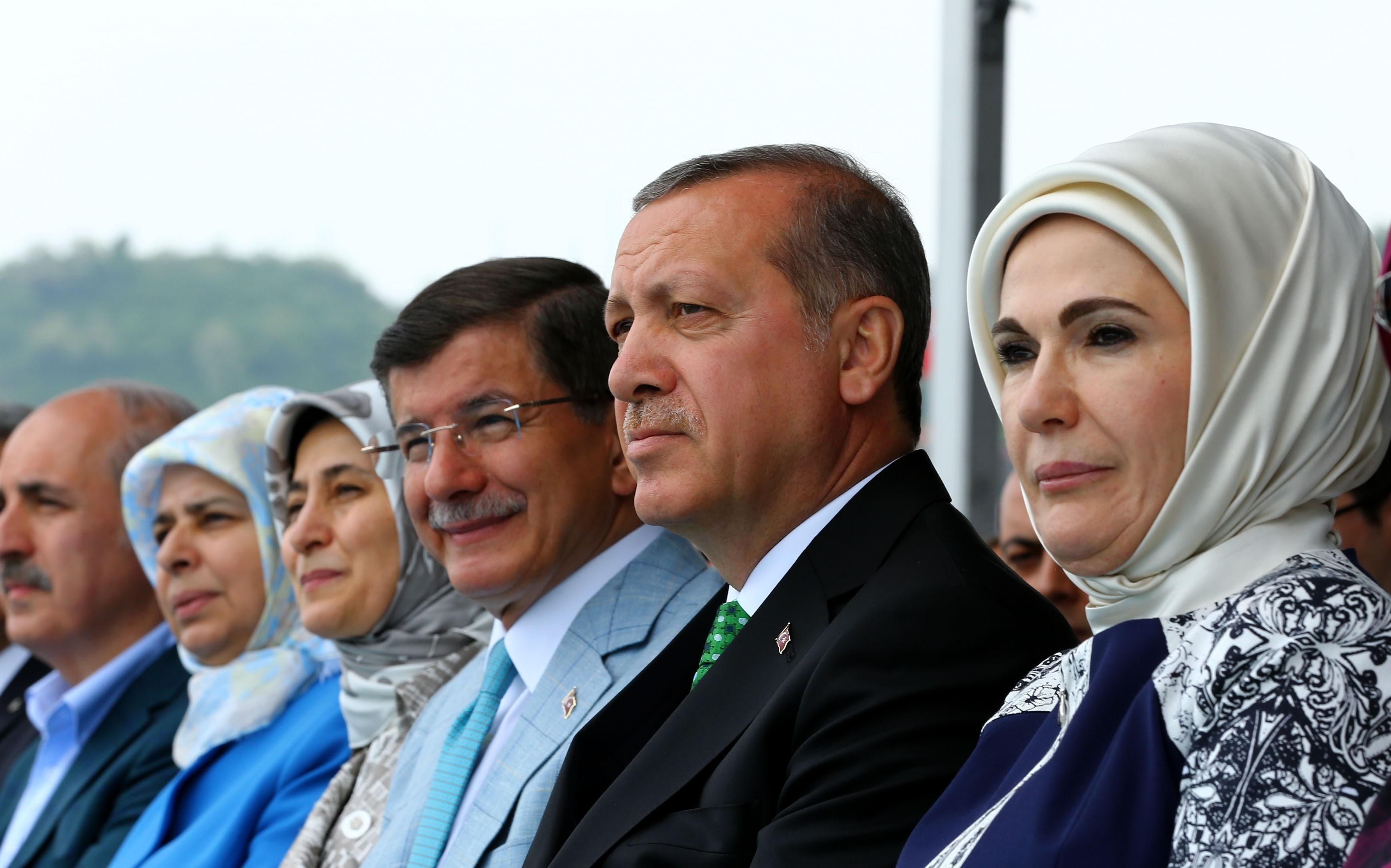 erdogan davutoglu wife
