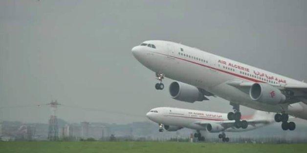 Deux avions d'Air Algérie à l'aéroport Paris CDG