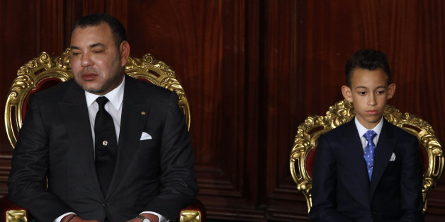 Morocco's King Mohammed VI (L-R), Crown Prince Moulay Hassan attend the Constituent Assembly in Tunis May 31, 2014. REUTERS/Zoubeir Souissi (TUNISIA - Tags: ROYALS POLITICS)