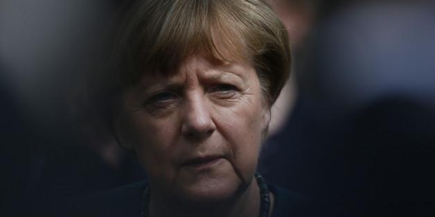 """Forscher erklärt, wie das """"System Merkel"""" die Meinungsfreiheit in Deutschland zugrunde richtet"""