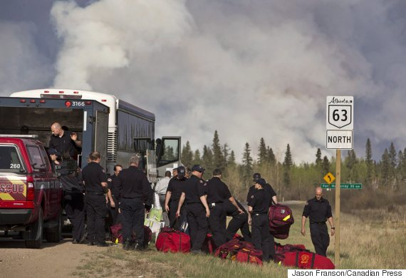 fort mcmurray firefighters fire