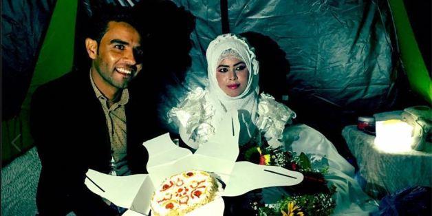 De jeunes mariés dans le camp d'Idomeni en Grèce le 3 mai 2016