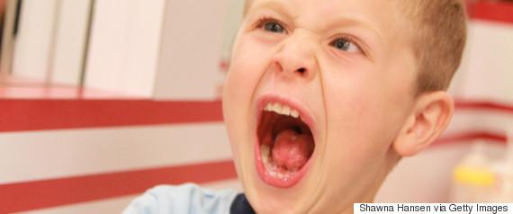 kid screaming restaurant