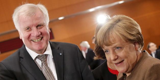 Seehofer rudert zurück: Verfassungsklage wegen Flüchtlingskrise auf Eis gelegt