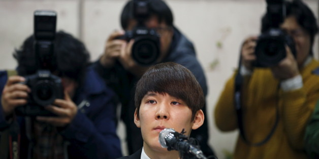 South Korea's Olympic swimming champion Park Tae-hwan attends a news conference at a hotel in Seoul March 27, 2015. Park Tae-hwan choked back the tears on Friday as he apologised for a failed doping test that led to an 18-month ban from the sport and said he wished he could turn back time and do things differently. REUTERS/Kim Hong-Ji