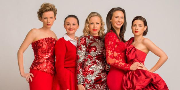 """Adina Vetter, Gerti Drassl, Nina Proll, Maria Köstlinger und Martina Ebm (v.l.n.r.) spielen die """"Vorstadtweiber"""""""