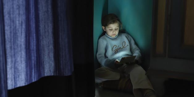 Warum eure Kinder lieber frustriert vor dem Fernseher sitzen als rauszugehen