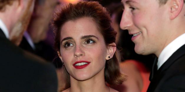 Actress Emma Watson attends the White House Correspondents' Association annual dinner in Washington, U.S., April 30, 2016. REUTERS/Yuri Gripas