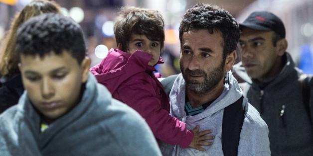 Zur Versorgung der Flüchtlinge wird der Bund bis 2020 insgesamt rund 93,6 Milliarden Euro bereitstellen