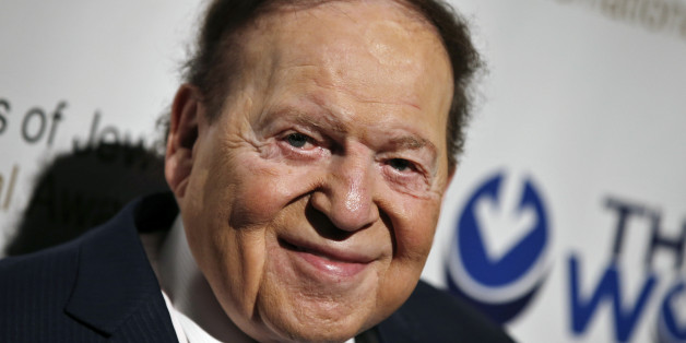 Las Vegas gaming tycoon Sheldon Adelson attends the second Annual Champions of Jewish Values International Awards Gala in New York, May 18, 2014.    REUTERS/Mike Segar   (UNITED STATES - Tags: BUSINESS SOCIETY)