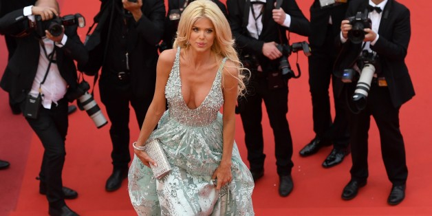 Swedish model and actress Victoria Silvstedt arrives on May 13, 2016 for the screening of the film 'Ma Loute (Slack Bay)' at the 69th Cannes Film Festival in Cannes, southern France.  / AFP / Antonin THUILLIER        (Photo credit should read ANTONIN THUILLIER/AFP/Getty Images)