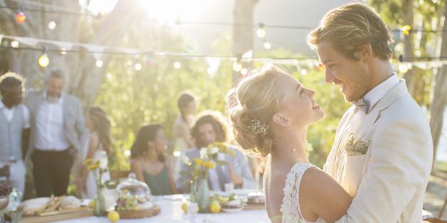 Dreiste Bitte: Ein Brautpaar aus England war mit seinem Geschenk nicht zufrieden