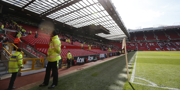 "Britain Soccer Football - Manchester United v AFC Bournemouth - Barclays Premier League - Old Trafford - 15/5/16General view as fans leave after the match was abandoned Reuters / Andrew YatesLivepicEDITORIAL USE ONLY. No use with unauthorized audio, video, data, fixture lists, club/league logos or ""live"" services. Online in-match use limited to 45 images, no video emulation. No use in betting, games or single club/league/player publications.  Please contact your account representative for furthe"