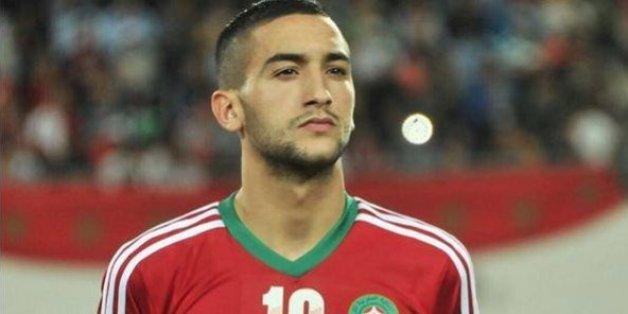 Hakim Ziyech, le jeune footballeur qui séduit les clubs européens (et turcs)