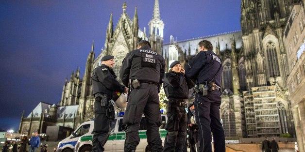 Nach den Übergriffen der Silvesternacht soll am Kölner Dom eine Sicherheitszone entstehen