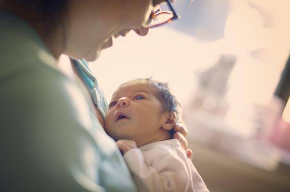 mother newborn