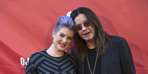 Kelly Osbourne rächte sich mit einer Twitter-Meldung an der Affäre ihres Vaters Ozzy Osbourne