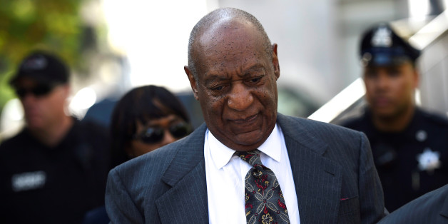 Actor and comedian Bill Cosby arrives at the Montgomery County Courthouse for a pre-trial hearing on sexual assault charges in Norristown, Pennsylvania May 24, 2016.  REUTERS/Mark Makela