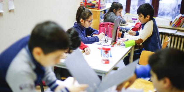 Schweiz: Muslimische Schüler dürfen Lehrern nicht den Handschlag verweigern (Symbolbild)