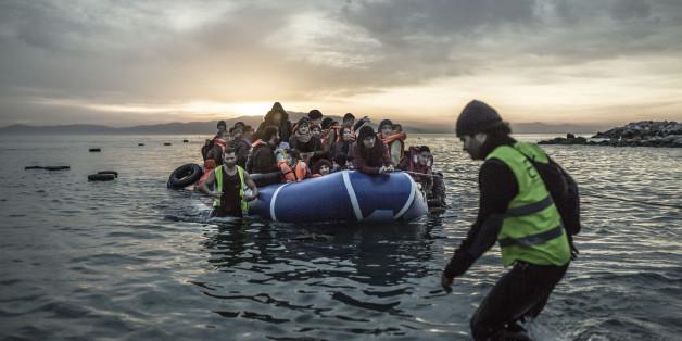 Das UN-Flüchtlingshilfswerk UNHCR befürchtet Hunderte Tote Migranten im Mittelmeer (Archivbild)
