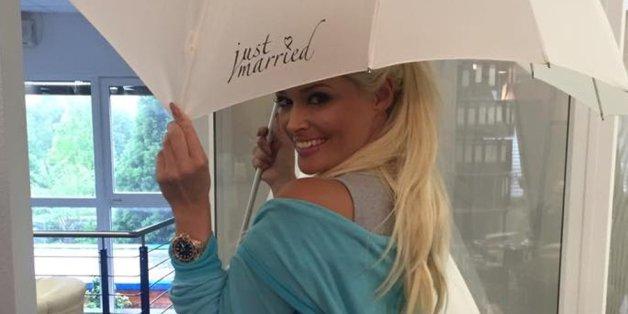 Daniela Katzenberger hat ein Detail ihres Hochzeitsoutfits verraten