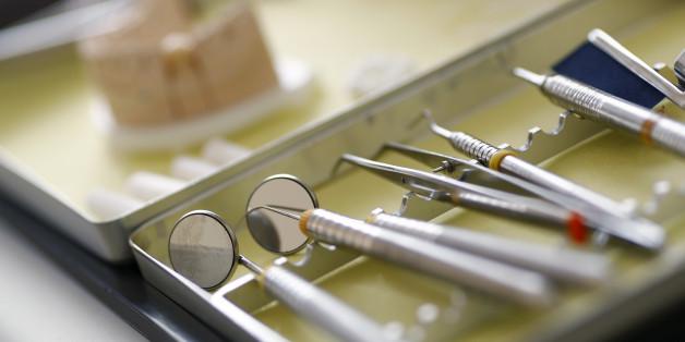 "Mutter des toten 18-Jährigen: ""Er hatte panische Angst vorm Zahnarzt"""