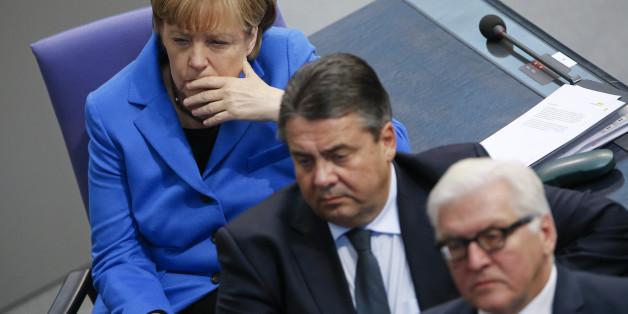 Die Bundeskanzlerin Angela Merkel, Außenminister Frank-Walter Steinmeier und Wirtschaftsminister Sigmar Gabriel