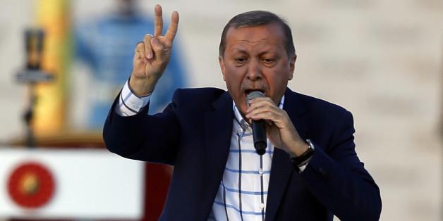 """""""Schäm dich, Deutschland"""": So attackieren Erdogans Schergen deutsche Politiker"""