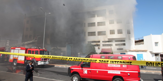 Les photos du gigantesque incendie d'un entrepôt à Casablanca