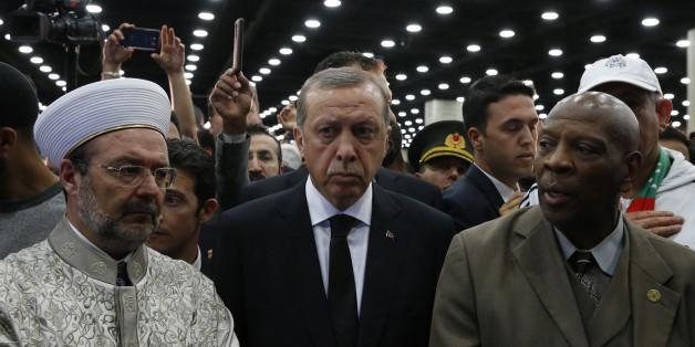Vexé par l'accueil aux funérailles de Mohamed Ali, le président Recep Tayyip Erdogan rentre en Turquie