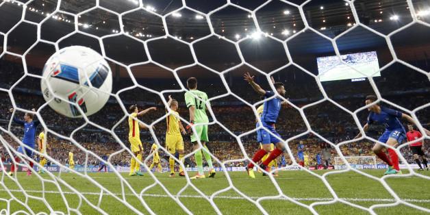 France-Roumanie: Le résumé et les buts d'Olivier Giroud et Dimitri Payet pour le match d'ouverture de l'Euro 2016