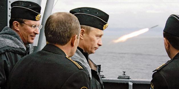 Wladimir Putin während einer Militärübung in der Barentssee