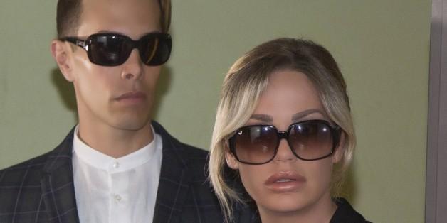 Gina-Lisa Lohfink und ihr bester Freund Florian Wess bei der Gerichtsverhandlung am 1. Juni