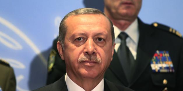 Jugend hinter Gittern: Um an der Macht zu bleiben, bringt Erdogan sogar Kinder vor Gericht