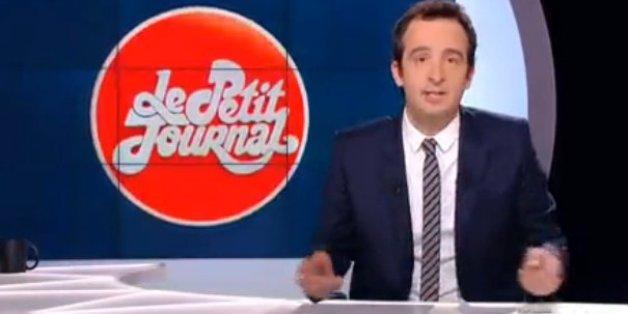 """Cyrille Eldin lorsqu'il a remplacé Yann Barthes à la présentation du """"Petit Journal"""" le 30 mars 2015"""