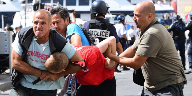 Euro 2016: Un à deux ans de prison ferme pour trois supporters russes après les violences à Marseille