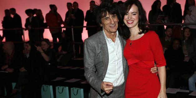 Ron Wood (Rolling Stones) und seine Frau Sally Humphreys sind Eltern von Zwillingen