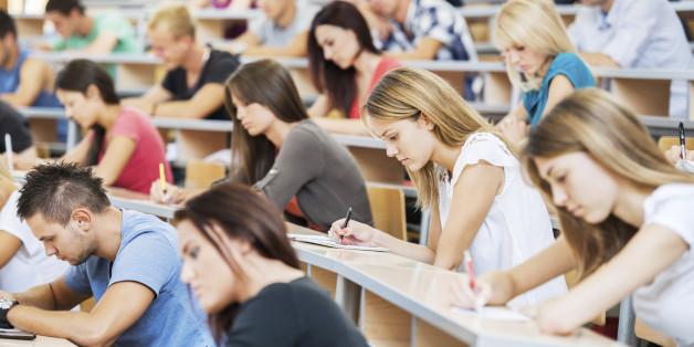 Die Wahrscheinlichkeit, das ein Studiengang eine Zulassungsbeschränkung hat, hängt auch vom Hochschulstandort und von der Fachrichtung ab