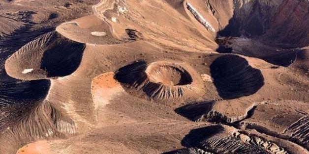 Wie eine Mondlandschaft: Beeindruckende Fotos vom Death Valley aus der Vogelperspektive