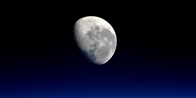 Haben wir nicht nur einen Mond?