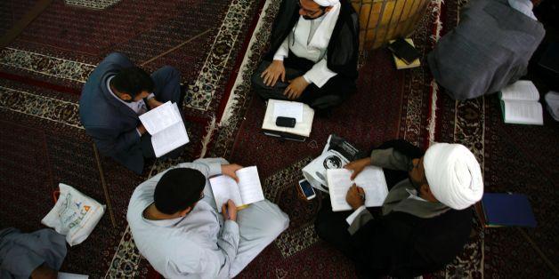 Ein Imam verweigerte aus religiösen Gründen einer Lehrerin in Berlin den Handschlag
