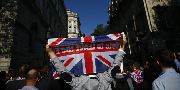 Die Briten haben sich entschieden - in Sondersendungen wird darüber berichtet. Auch online.