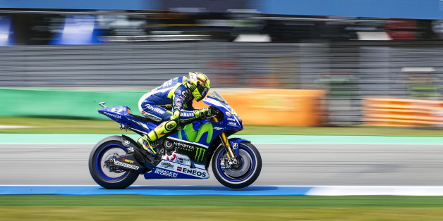 MotoGP-Fahrer Valentino Rossi fährt bei der TT Assen den Grand Prix