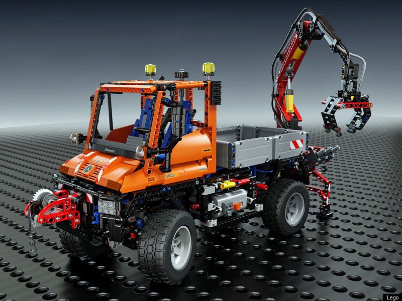 Lego Unimog U400: What Building The Largest-Ever Technic Truck Is ...