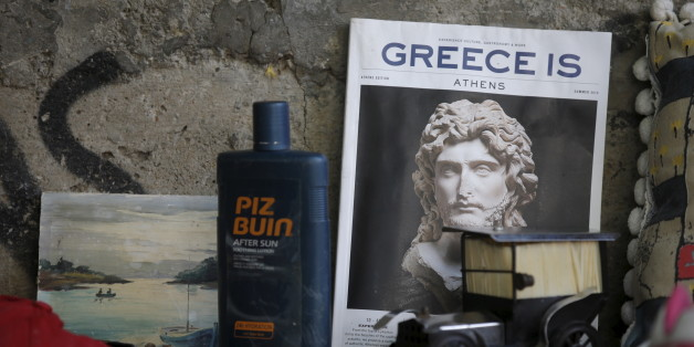 Used items are displayed for sale by street vendors in central Athens, Greece, July 7, 2015. Greece faces a last chance to stay in the euro zone on Tuesday when Prime Minister Alexis Tsipras puts proposals to an emergency euro zone summit after Greek voters resoundingly rejected the austerity terms of a defunct bailout. REUTERS/Christian Hartmann