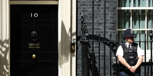 LONDON, ENGLAND - JUNE 27:  A general view of 10 Downing Street following a cabinet meeting on June 27, 2016 in London, England. British Prime Minister David Cameron chaired an emergency Cabinet meeting this morning, after Britain voted to leave the European Union. Chancellor George Osborne spoke at a press conference ahead of the start of financial trading and outlining how the Government will 'protect the national interest' after the UK voted to leave the EU.  (Photo by Dan Kitwood/Getty Images)