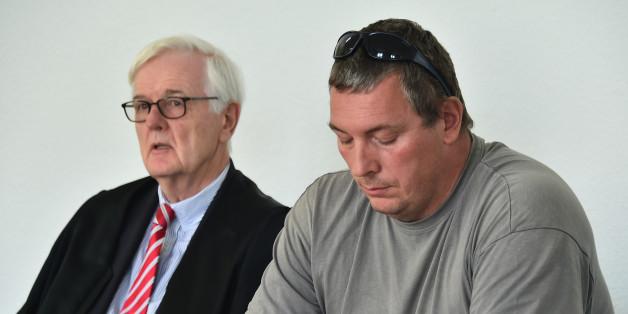 Jan-Ulrich Weiß (r.) mit seinem Verteidiger